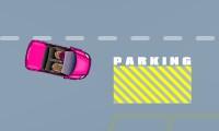 Voiture de fille à garer