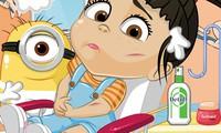 Bébé fille chez le docteur