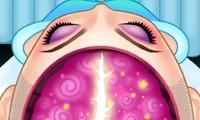 Opération du cerveau pour la reine Elsa