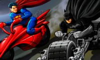 Course moto Batman vs Superman